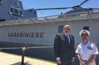 Michele Emiliano accoglie la fregata Carabiniere e il sommergibile Romei