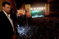 Iggy Pop incanta Bari, il plauso di Renzi a Decaro