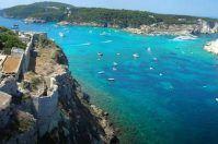 Puglia, il piano verso una stagione turistica da record