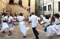 Trani è: tradizione, storia ed entusiasmo