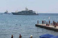 Santa Maria di Leuca, c'è un mega yacht saudita al largo