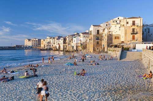 La Puglia vola con il bilancio sul turismo: aumento di presenze e strutture