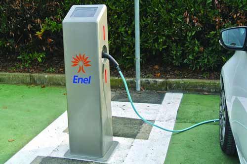 Fasano, quattro colonnine per ricaricare le auto elettriche