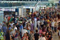 Turismo in Puglia, grandi numeri per arrivi e partenze al Ferragosto