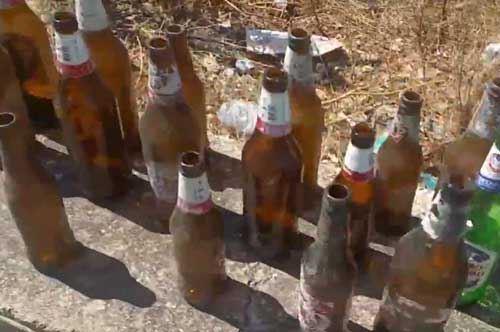 Peroni Tour, torna a Bari il recupero spontaneo di bottiglie abbandonate