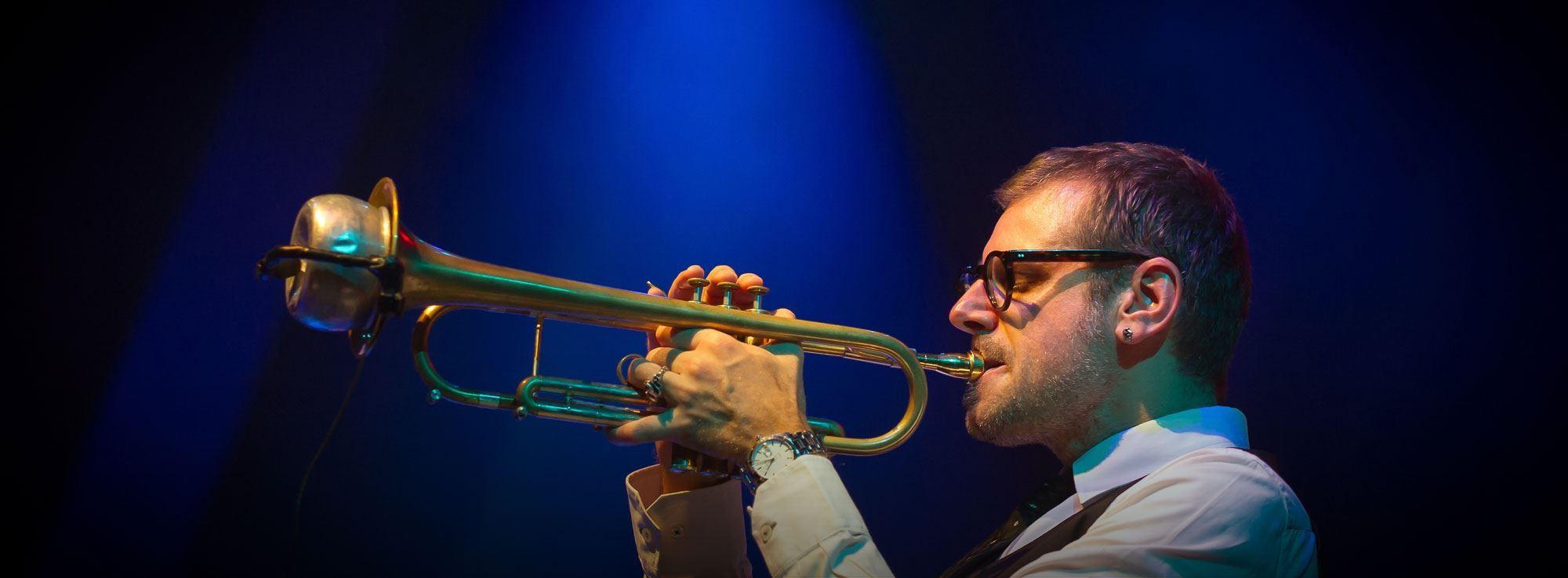Taranto: Fabrizio Bosso e Giovanni Sciasciamacchia trio Live