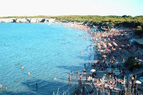 Record per l'estate 2017 in Puglia, +23% di presenze in spiaggia