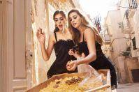 Dolce&Gabbana, le figlie di Stallone passeggiano a Bari Vecchia