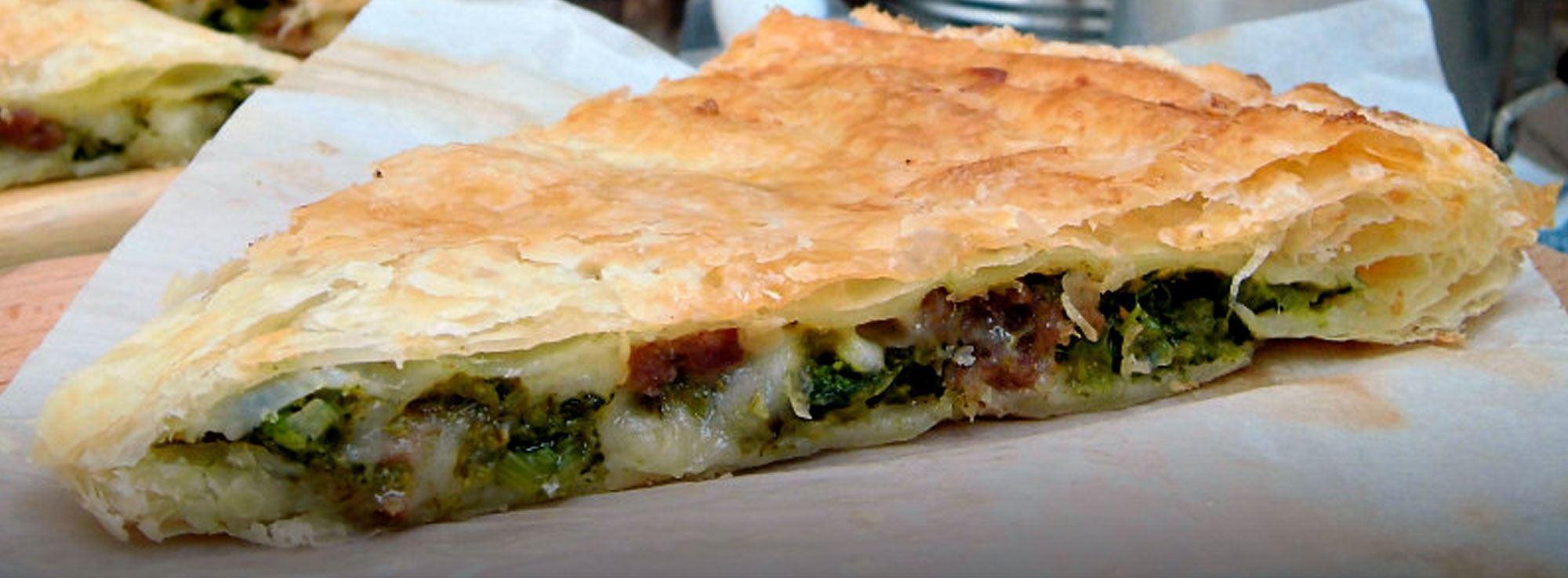 Ricetta: Calzone con salsiccia pugliese, bietole e mozzarella