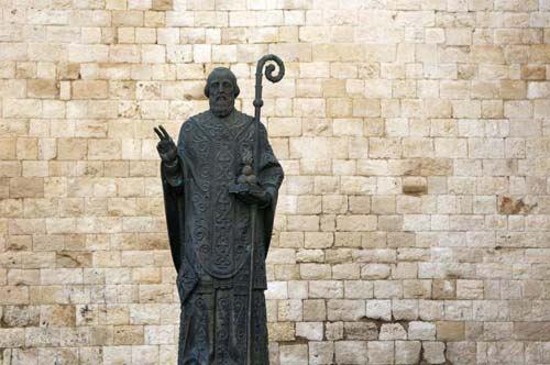 San Nicola, non c'è pace per il Santo conteso tra Italia e Turchia