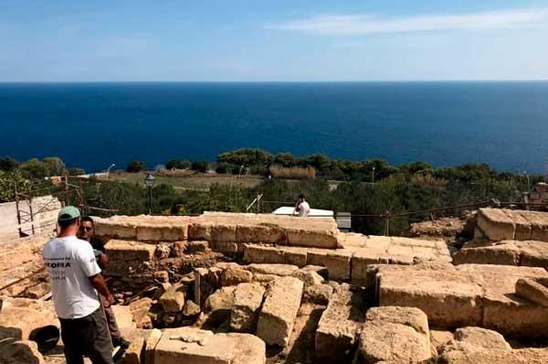 Castro, scoperto altare del tempio dedicato alla dea Minerva