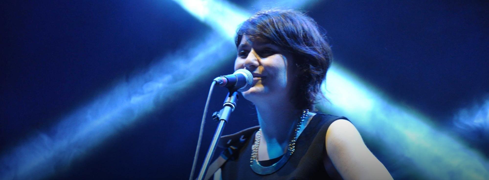 Lizzano: Erica Mou in concerto