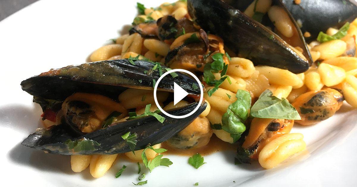 Cavatelli con le cozze il mare in tavola con le ricette pugliesi - Il mare in tavola ...