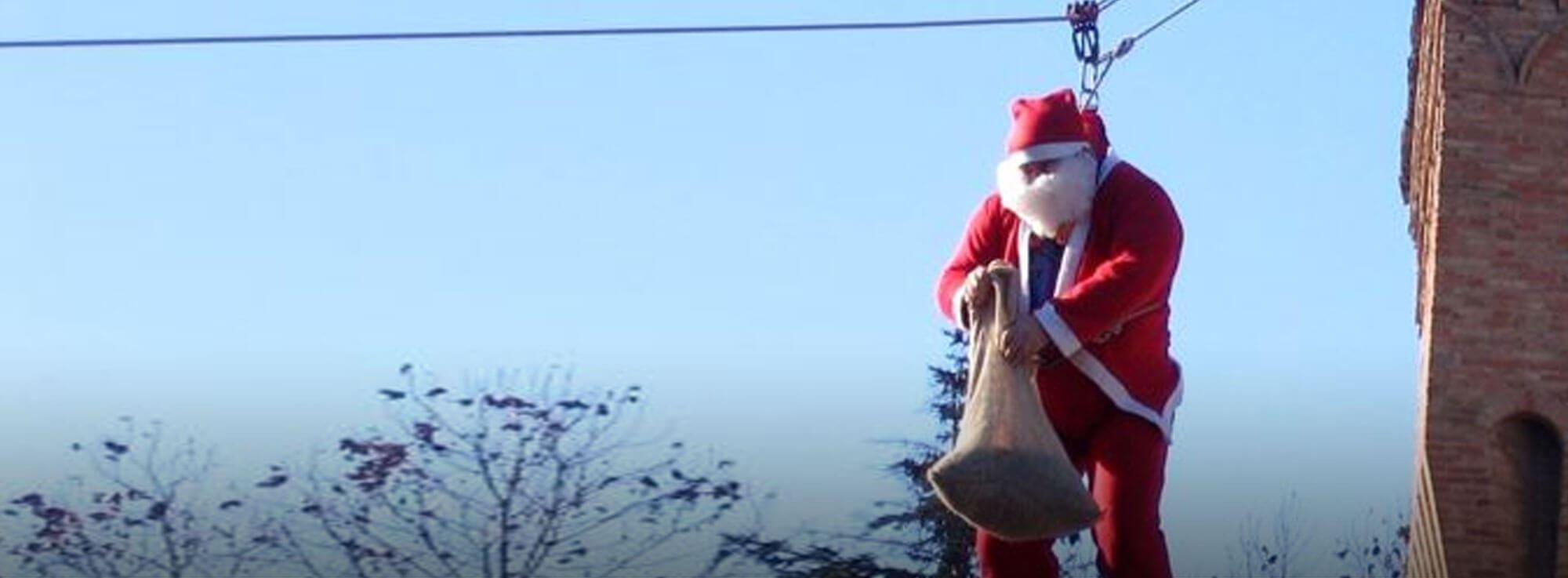 Gioia del Colle: La discesa di Babbo Natale