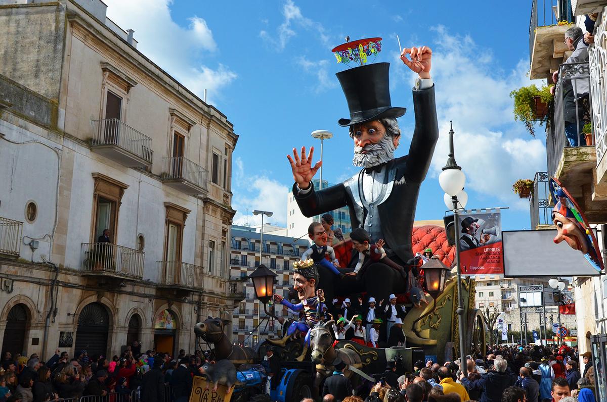 Carnevale di Putignano, unico in Europa per storia e tradizioni