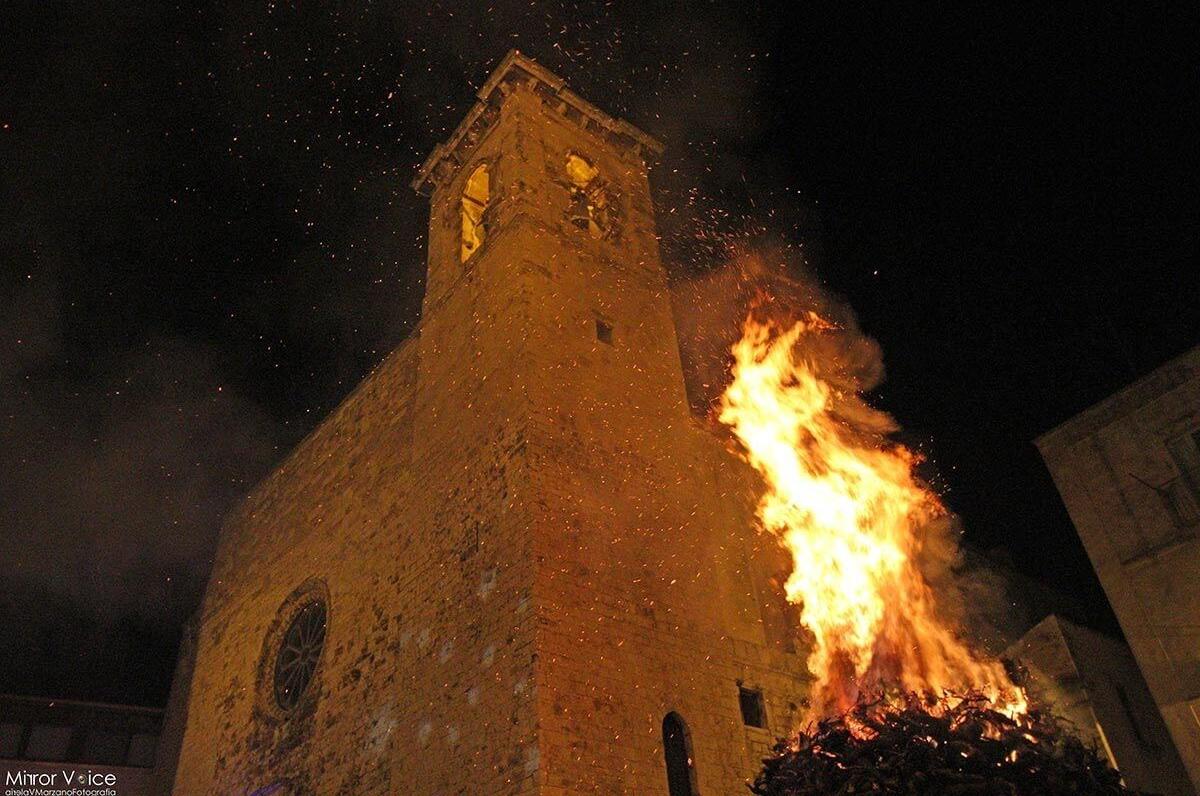 Fanove a Castellana Grotte, festa in ricordo della peste scongiurata per intercessione della Madonna