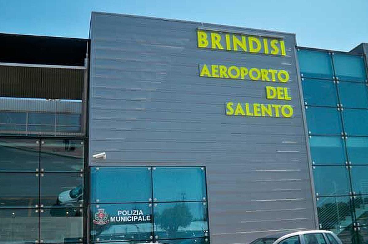 Aumento dei passeggeri per gli aeroporti di Bari e Brindisi