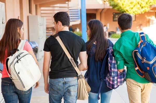 Liceo di 4 anni, dieci le scuole selezionate per il progetto in Puglia