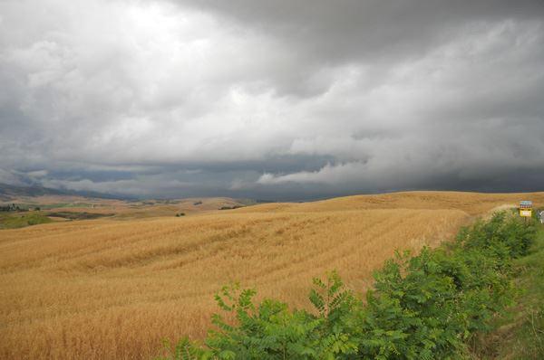 Venti forti e burrasche in Puglia, meteo con rischio neve in altura