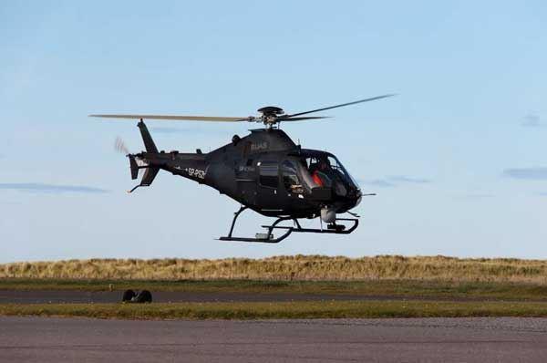 Elicottero che vola senza equipaggio, superato il test a Grottaglie