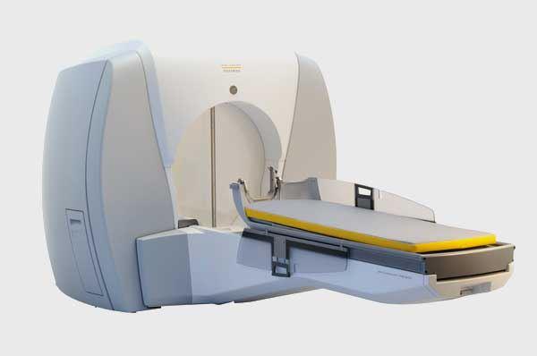 Bari per la cura dei tumori cerebrali la radiochirurgia Gamma Knife