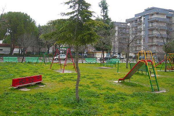 Foggia, i cittadini segnalano con un'app i disservizi in aree verdi