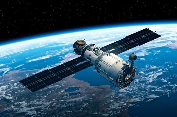 Primo motore ad aria per satelliti, creato da un'azienda di Bari