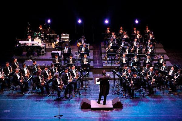 Giovani aspiranti potranno dirigere l'orchestra al Petruzzelli di Bari