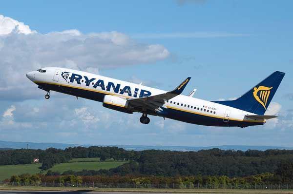 Nuove rotte aeree da Bari e Brindisi, aeroporti pugliesi in crescita