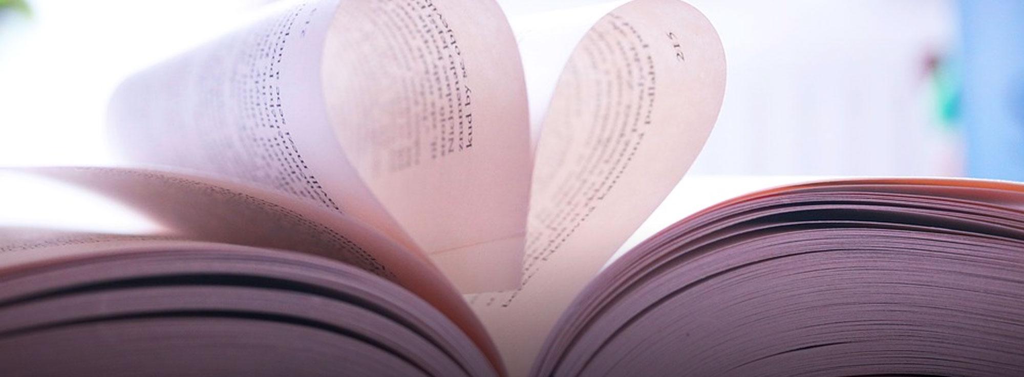 Taranto: Taranto due mari di libri