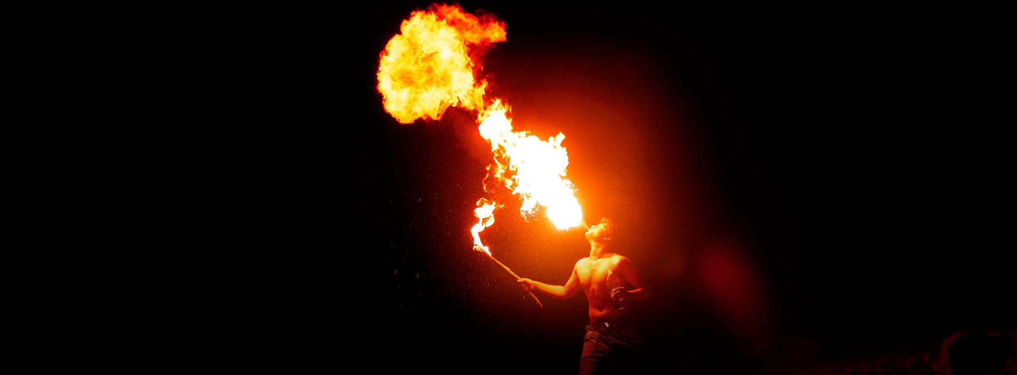Borgo Egnazia: Brucia la fenice - Festa di primavera