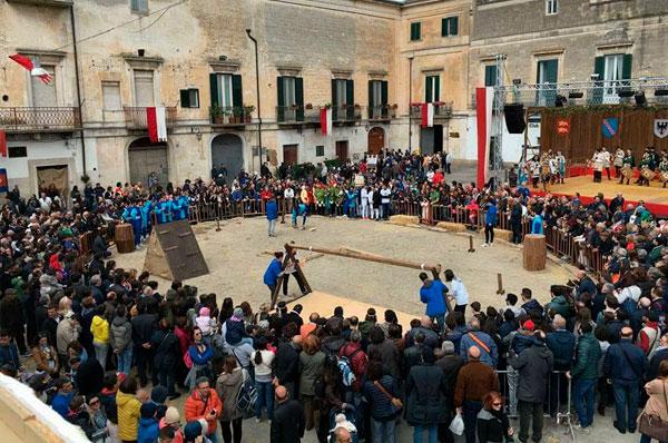 Federicus, grande festa medievale per le vie di Altamura