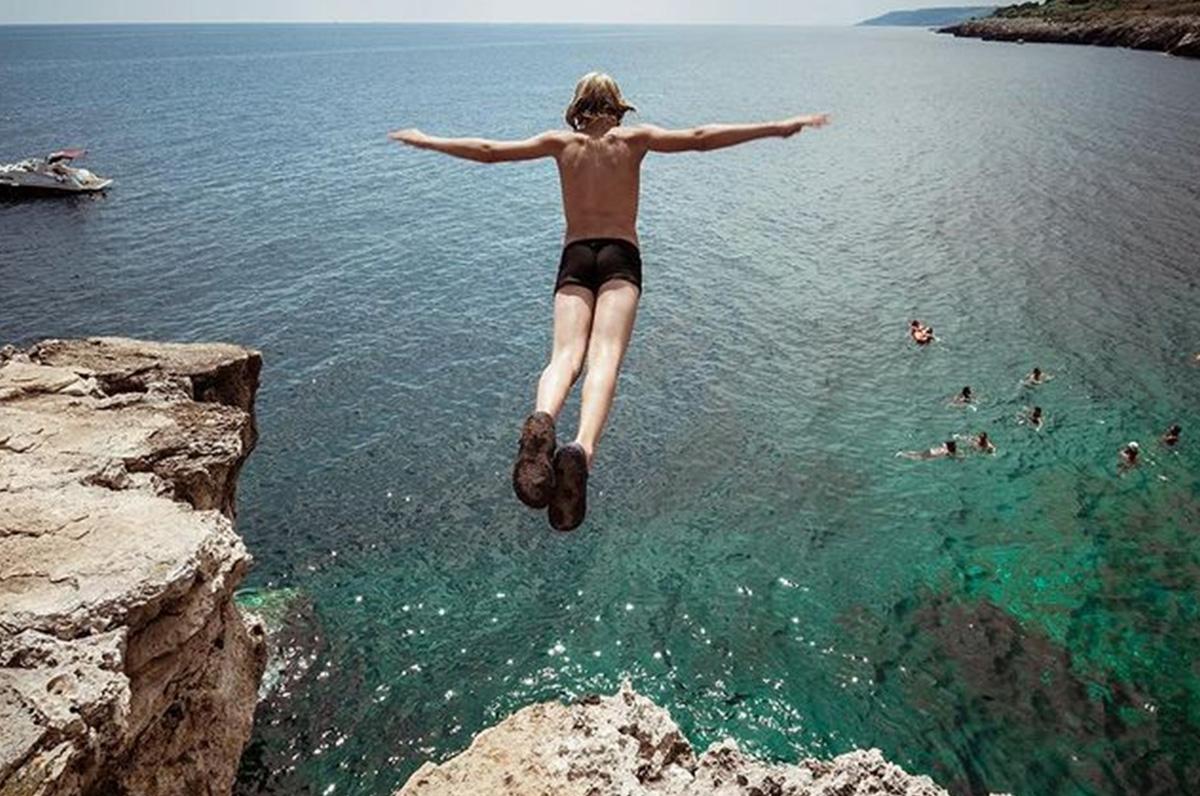 Marina di Andrano, spiagge incantevoli vicino alla Grotta verde