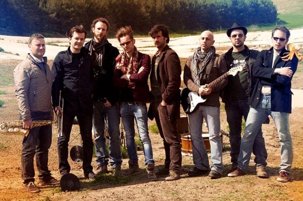 Municipale Balcanica, 15 anni di carriera con nuovo singolo