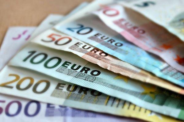 Reddito di dignità, uno su tre lo ottiene in Puglia con record femminile
