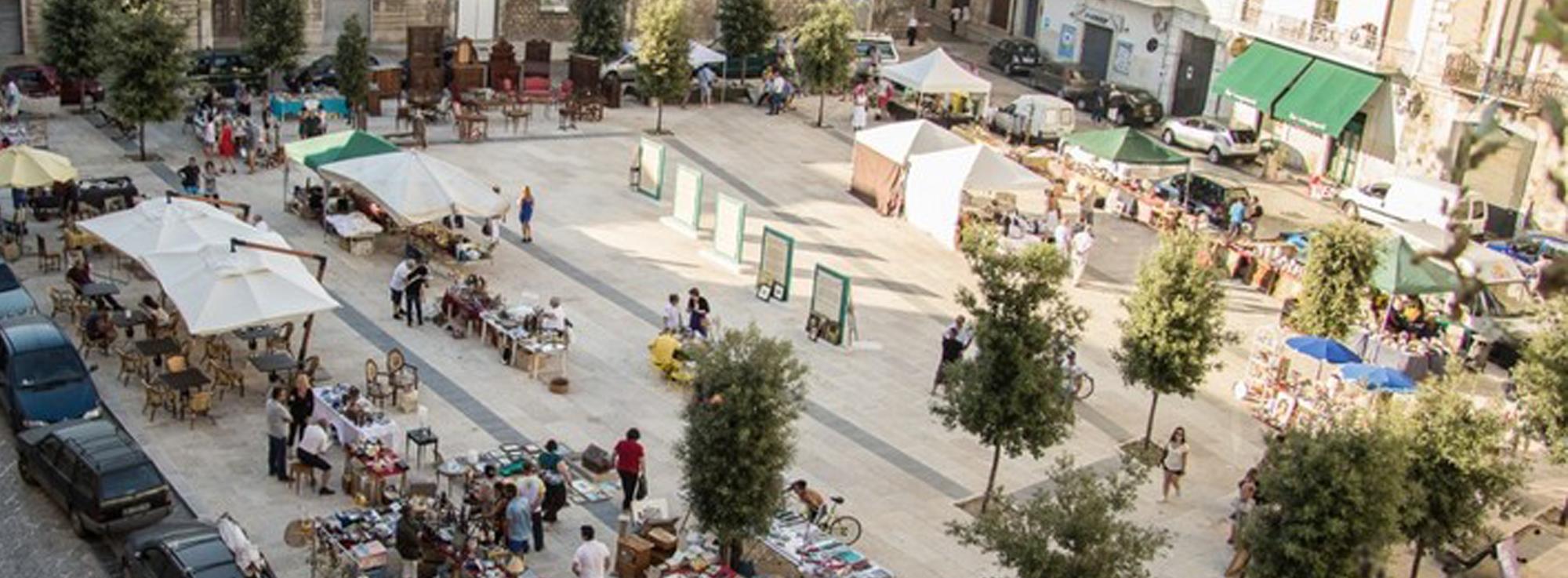Trani: Sùvenir, ricordi di piazza