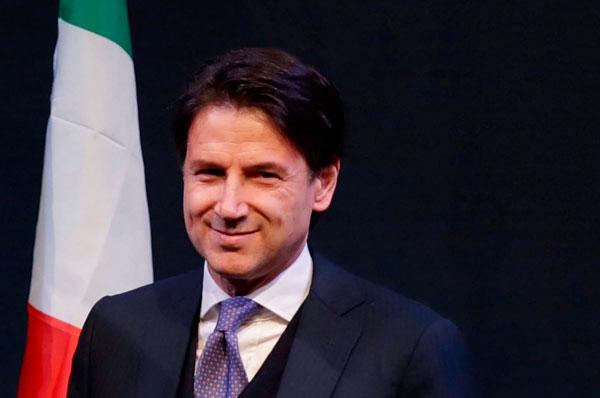 Mattarella affida a Conte l'incarico di Presidente del consiglio