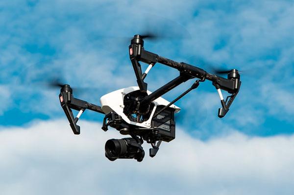 Arrivano i droni a Bari per le operazioni di controllo e sicurezza della polizia