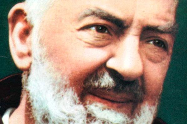 Reliquie di Padre Pio a Notre Dame, festa e preghiera
