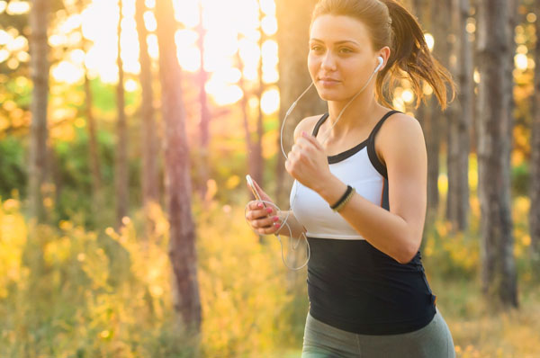 Bari le donne corrono contro il tumore al seno con Race for The Cure