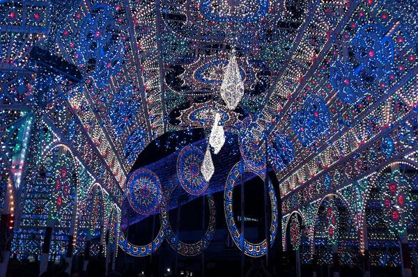 Luminarie di Scorrano, le più belle d'Italia in onore di Santa Domenica