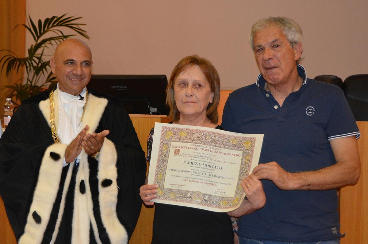 Taranto, laurea alla memoria di Fabrizio Mortato studente valoroso