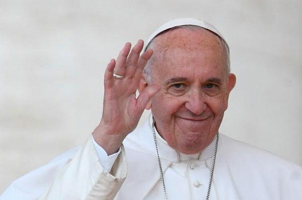Papa Francesco in visita a Bari, tra San Nicola e la pace in Medio Oriente