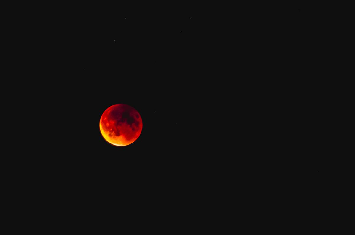 Eclissi di Luna e grande opposizione di Marte