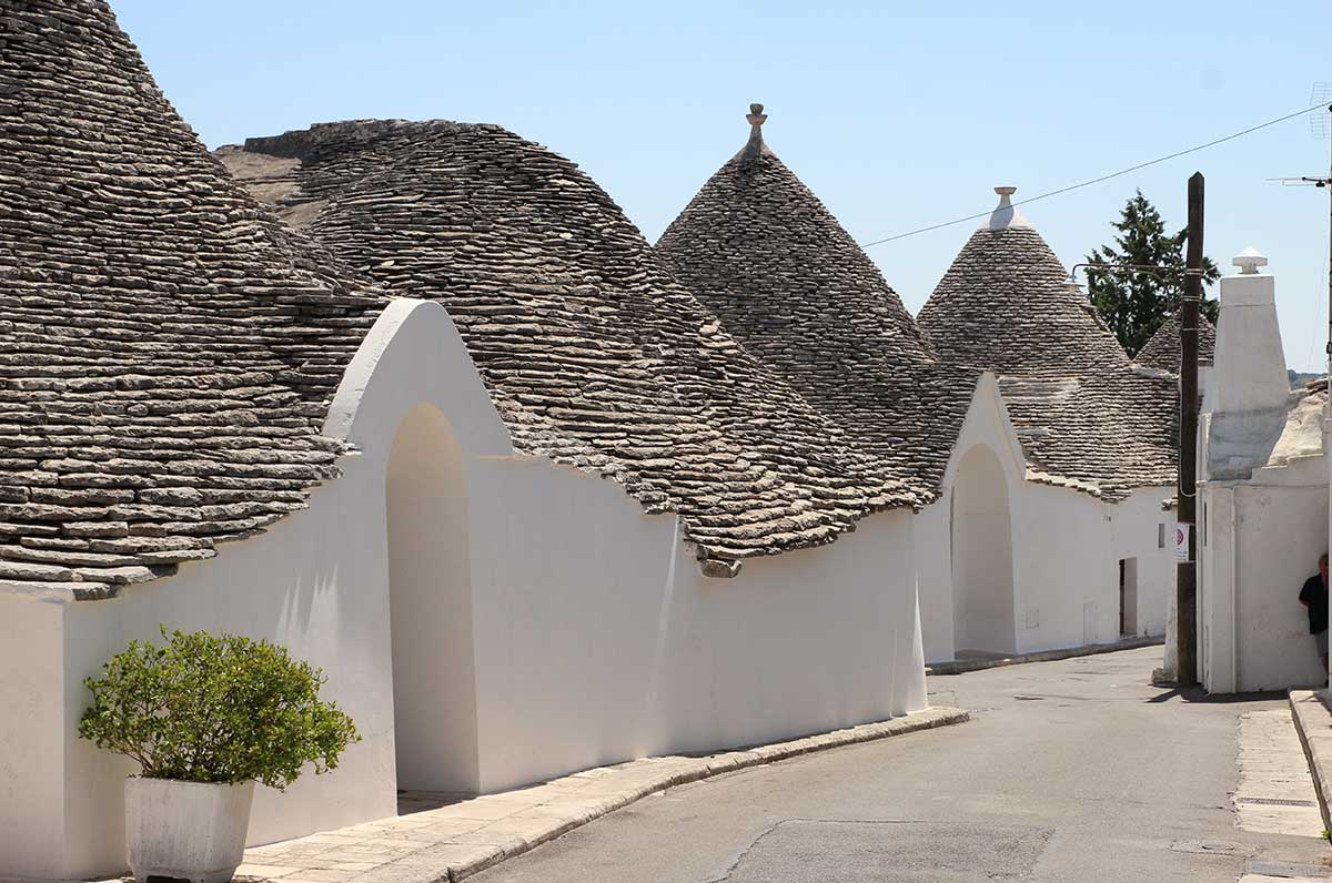 Trulli tra passato e presente, storia di un simbolo della Puglia