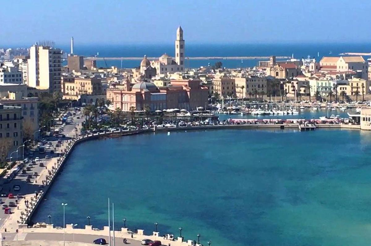 Porta Futuro 2 nel rione Libertà, Bari tra lavoro e sicurezza