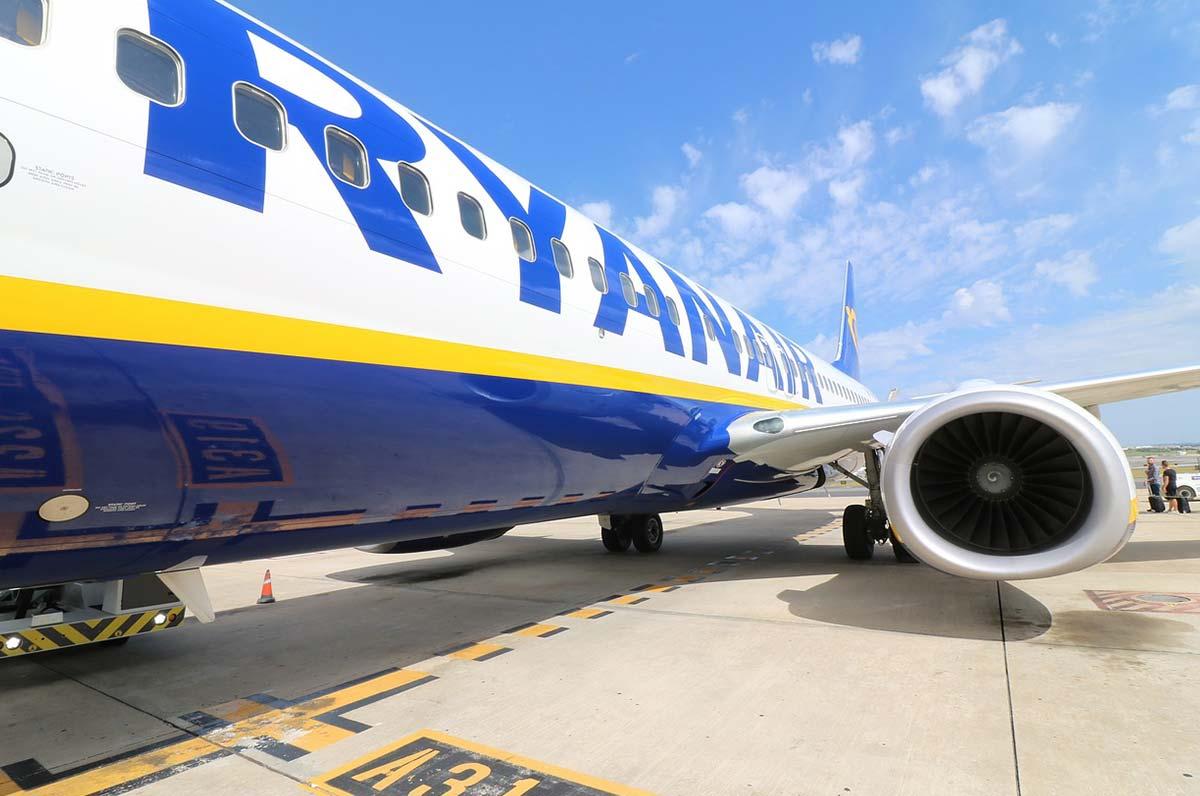 Ryanair annuncia nuovi voli da Bari per Bordeaux, Budapest e Praga