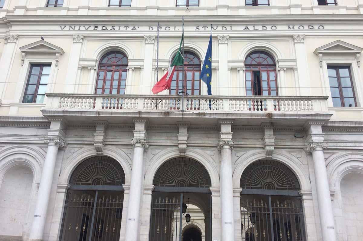 Giovani Eccellenze Pugliesi, fino a 2000 euro a chi studia in Puglia