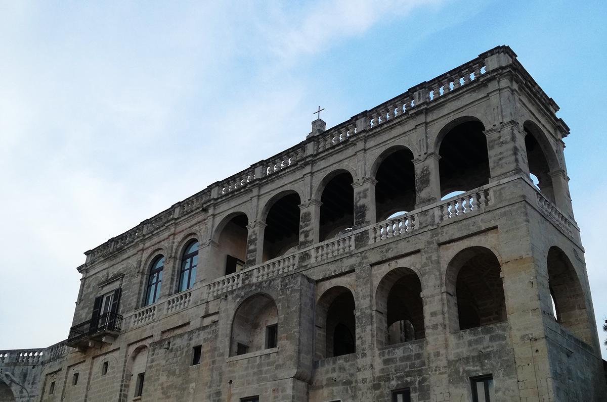San Vito, l'abbazia e le sue origini, centro della frazione di Polignano