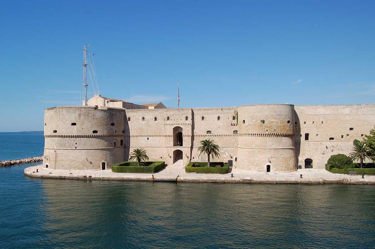 Castello di Taranto, boom di visite durante il 2018